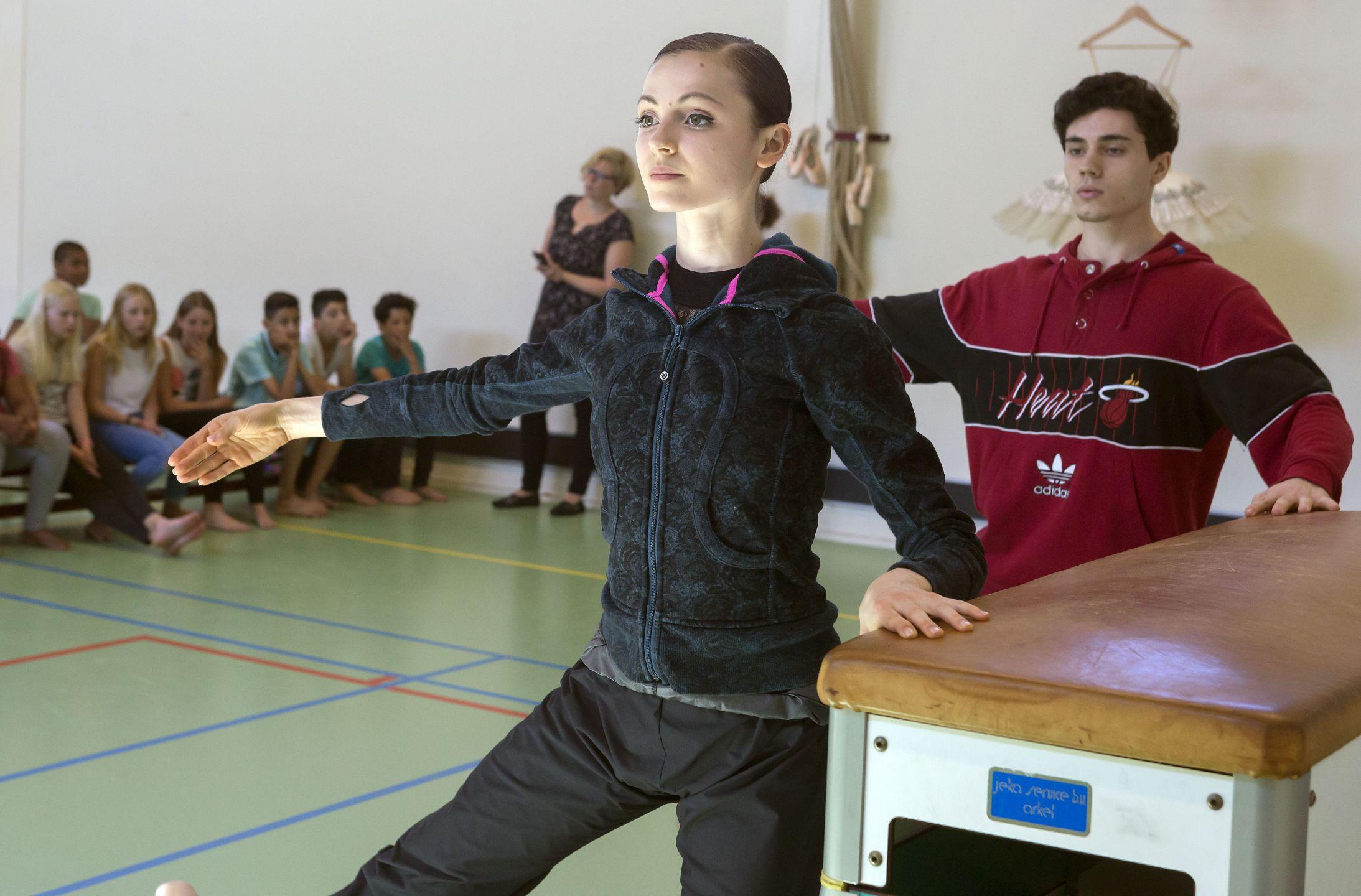Balletdansers op school