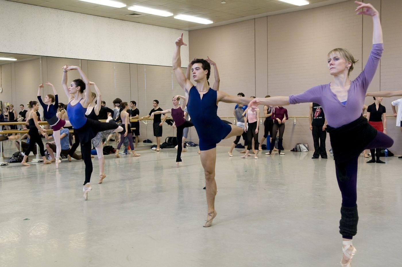 11.15-11.45 - repetitie voorstelling met corps de ballet
