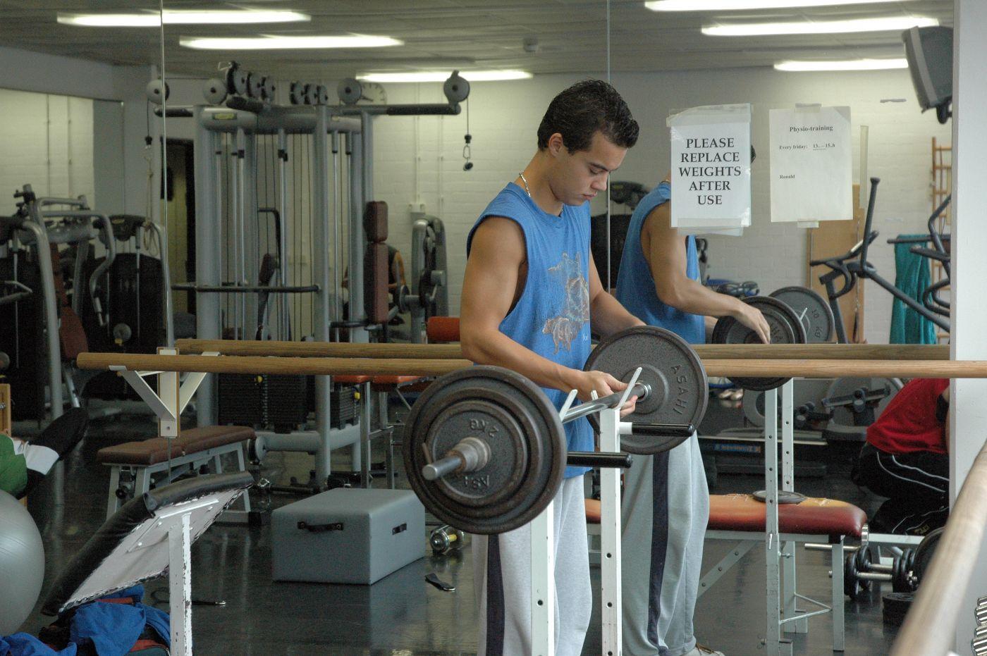 13.15-14.15 - tussen- uur fitness training