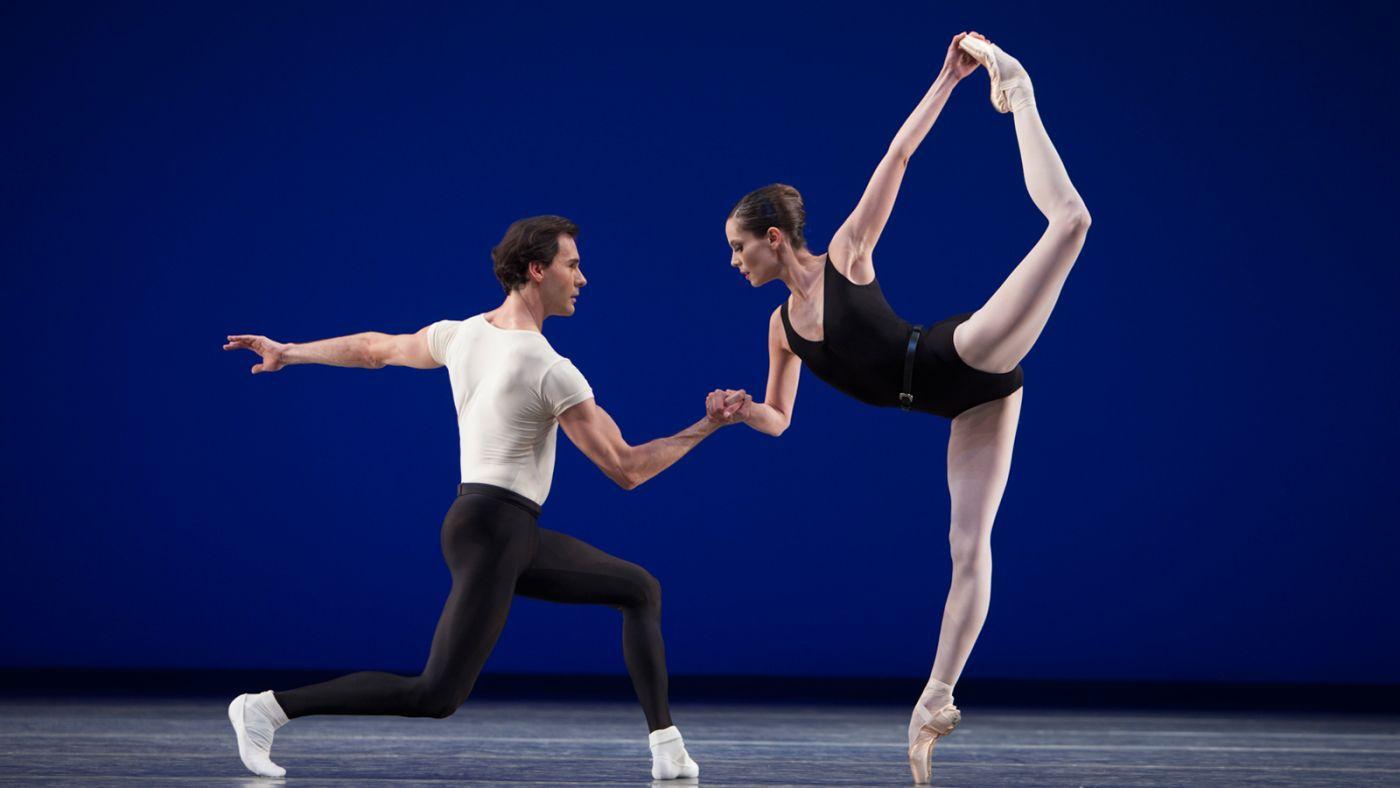 eelding niet beschikbaar is. Dit is van belang voor toegankelijkheid. Het Nationale Ballet - Best of Balanchine - Agon 0508 Angela Sterling (1)_0