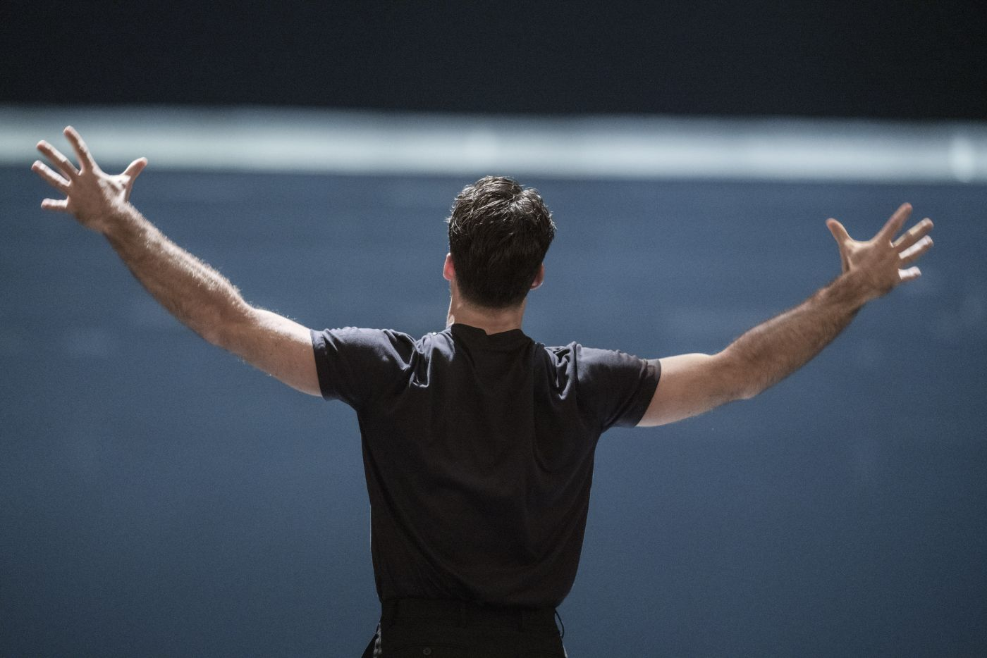 Voices out of Silence, Lorenzo Viotti & DNO Chorus © Marco Borggreve, De Nationale Opera (9)